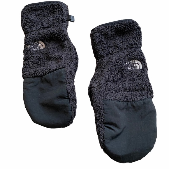 The North Face Women's Black Winter Mittens